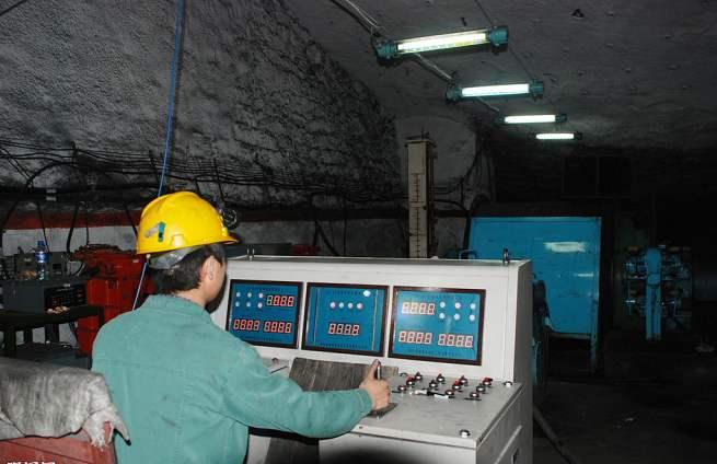 光纤传感器应用煤矿井下恶劣工作环境温度测量解决方案
