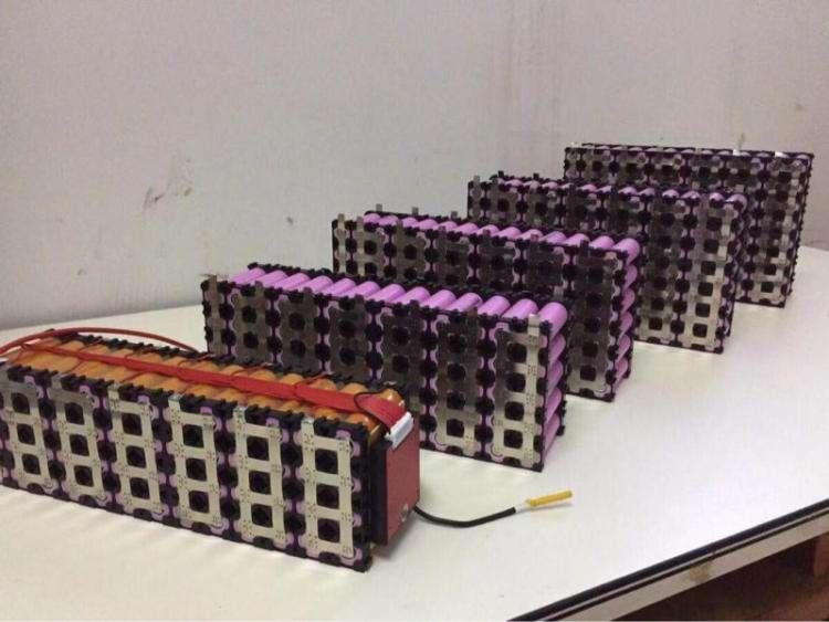 铿离子电池测温-锂电池组荧光光纤温度监测方案