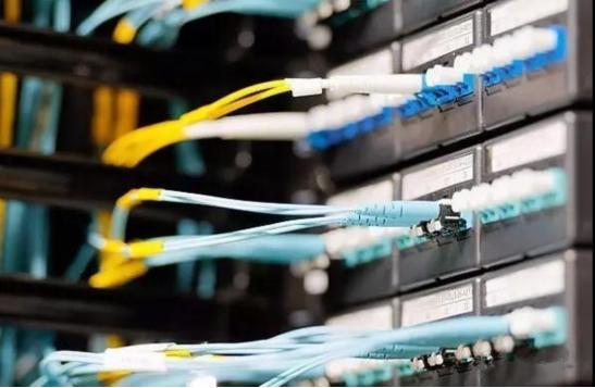 光纤传感器在管道监测中的应用